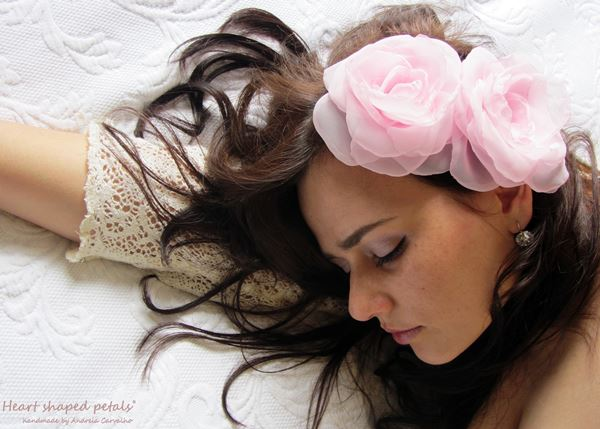 Bridal hair flowers accessory