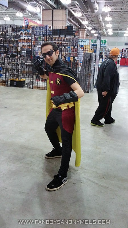 Atlantic City Boardwalk Con Robin cosplayer