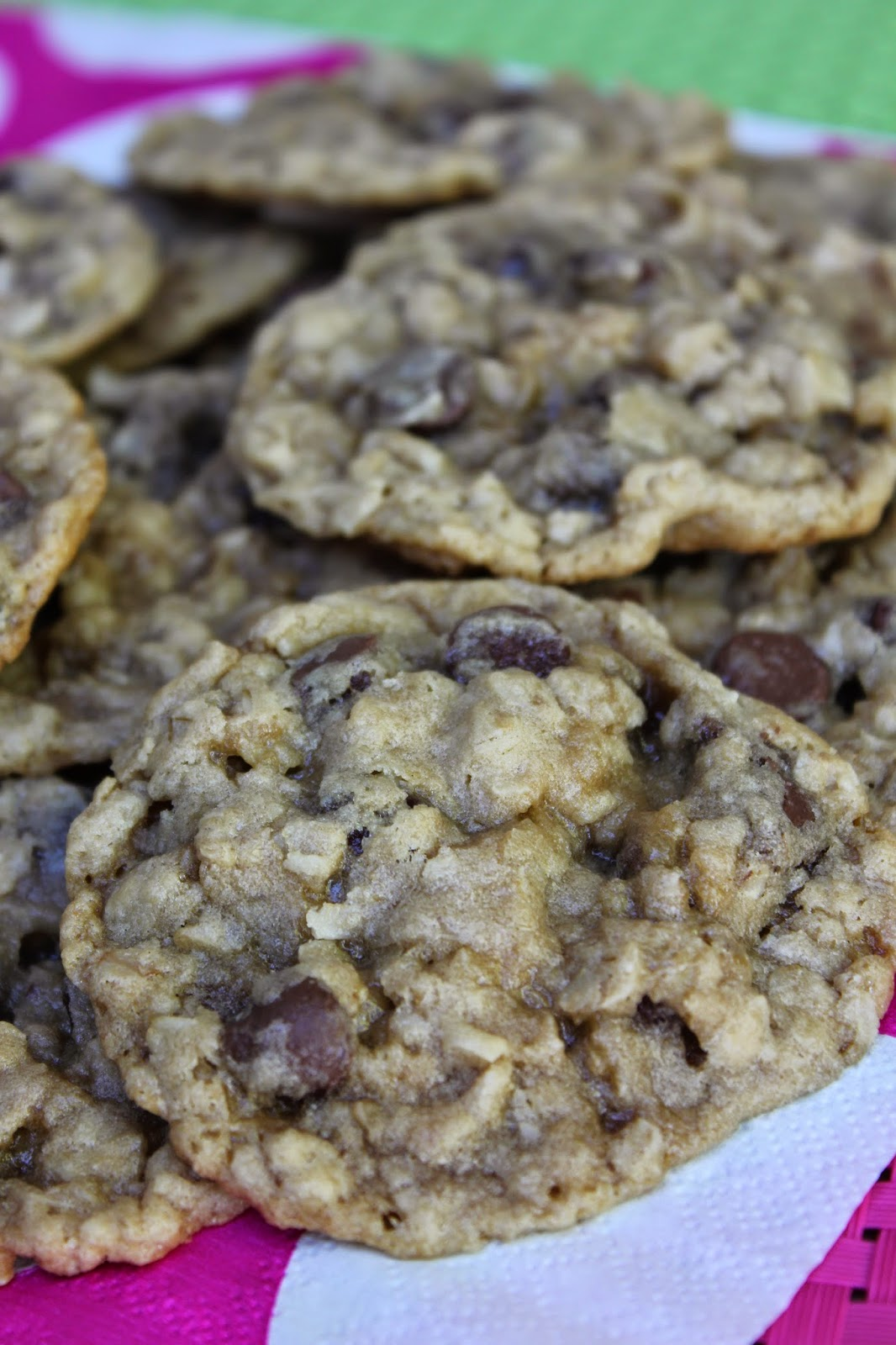 Recipe:  Cookie, Recipe:  Chocolate, healthier cookie recipe, favorite chocolate chip cookie, Recipe:  Dessert, Deals to Meals, Recipe:  Oats, Recipe:  Grains, Chewy Coconut Chocolate Chip Cookies
