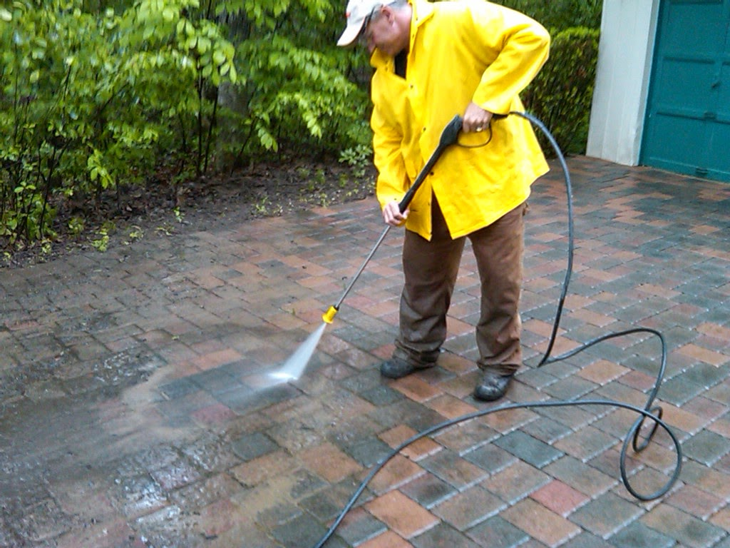 The Next Popular Service We Offer Each Spring Is Cleaning, Sanding, And  Compacting Of Our Clients Brick Paver Patios, Walks, Driveways, Etc.