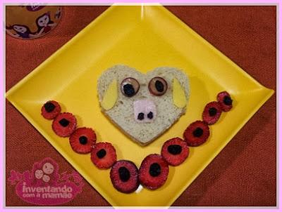 sanduíche de ovelha em formato de coração