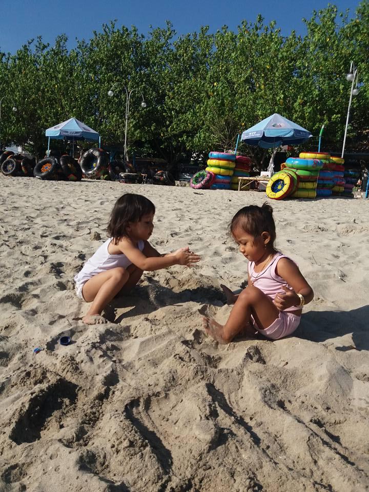 Nadira & Wislawa Dewi