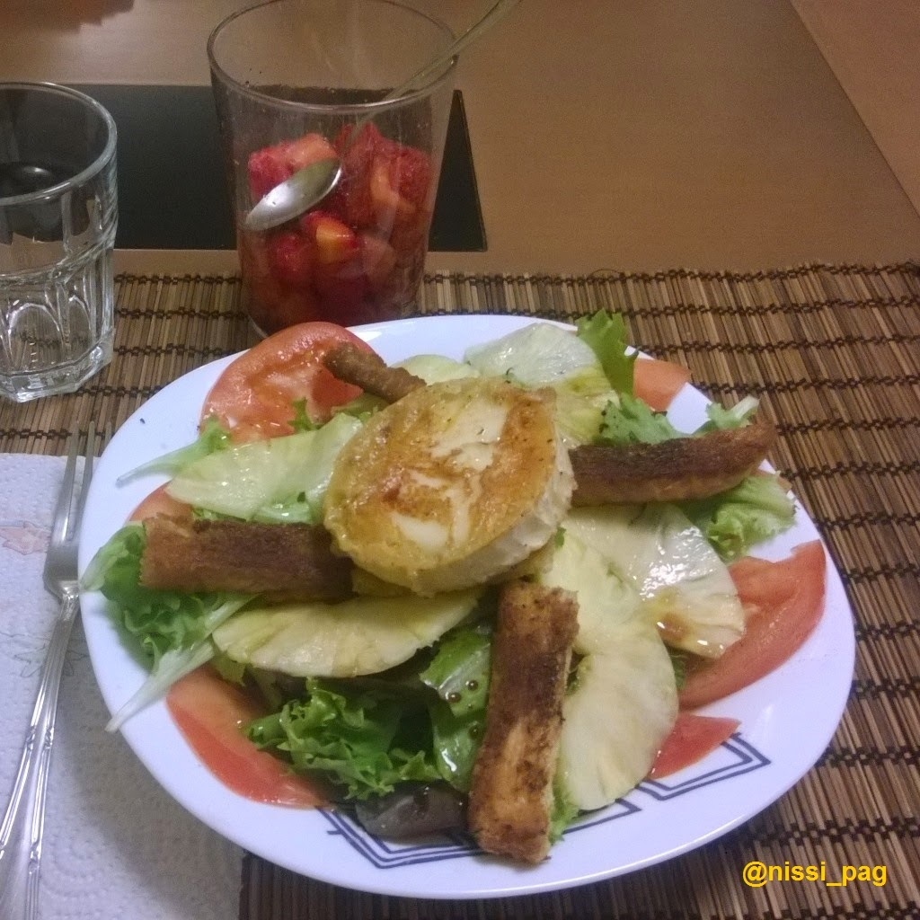 Anana carpaccioko entsalada epela