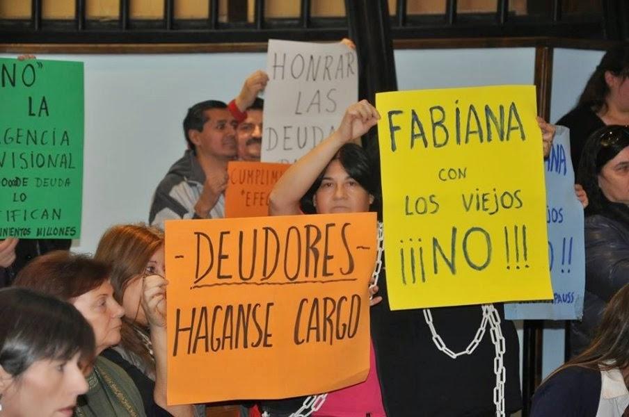 IPAUSS toman la presidencia por pago aguinaldo