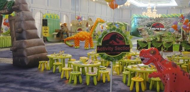 dino+c.jpg & Giggle Bean: dinosaur party