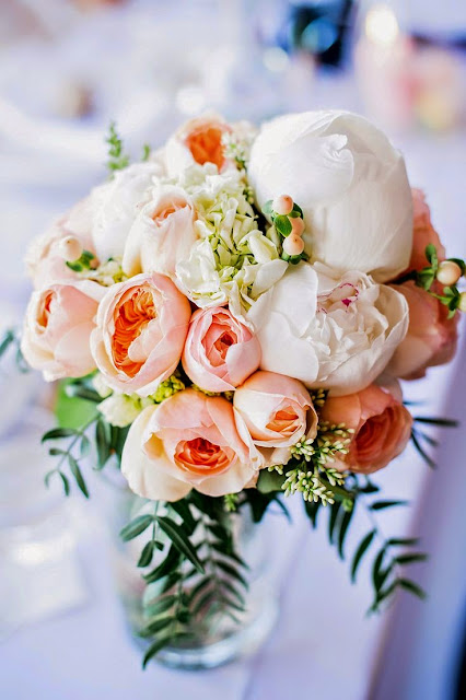 peach and white peony centerpiece