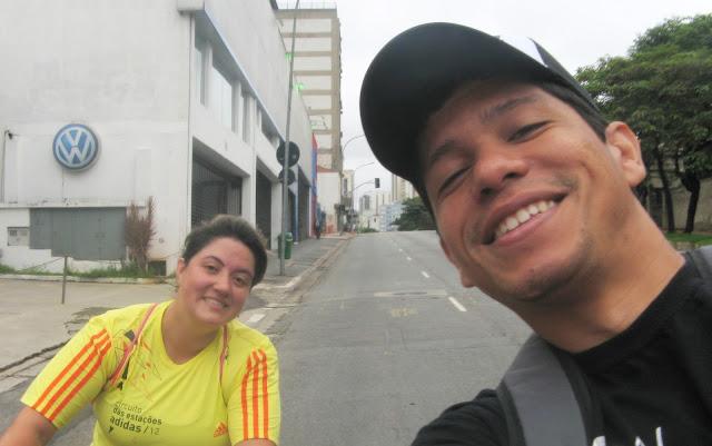 Claudia Nuzzo e eu passeando pelo centro de São Paulo (Rua da Consolação)