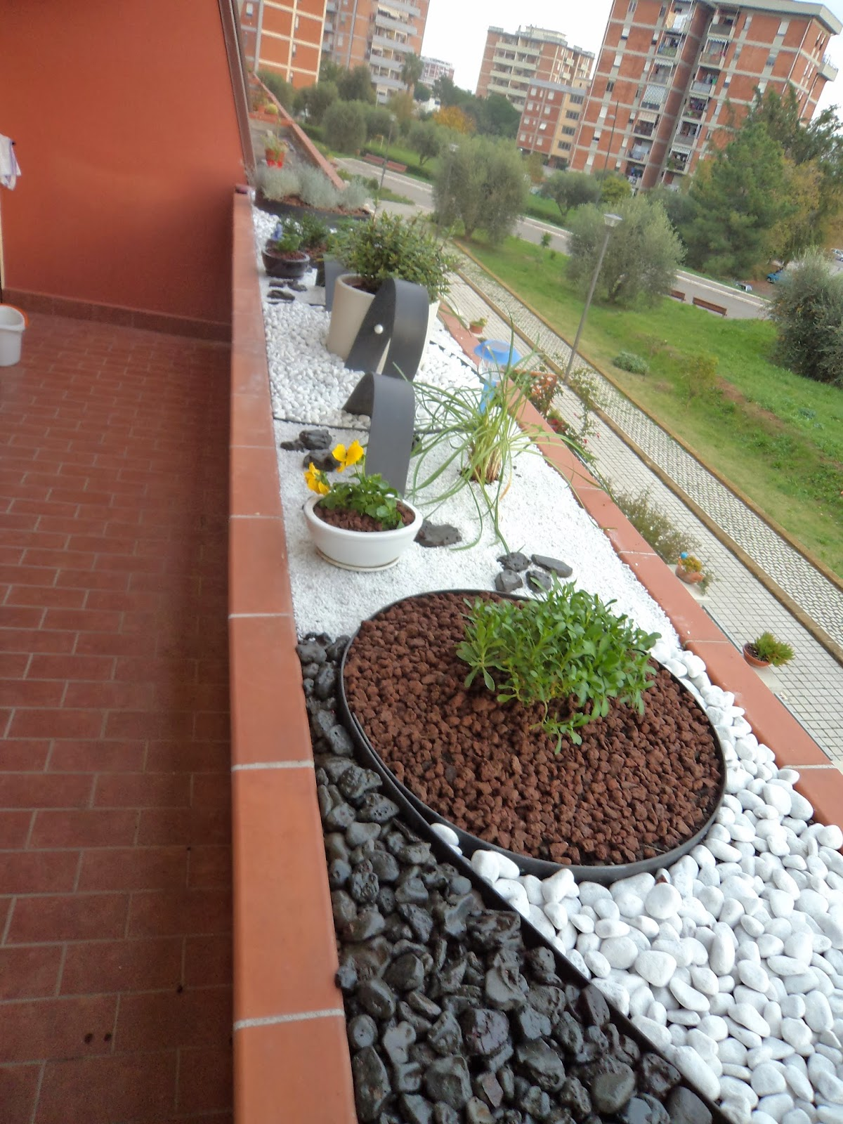 i giardini di carlo e letizia - Piccolo Giardino Con Ghiaia