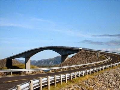 jembatan mabuk