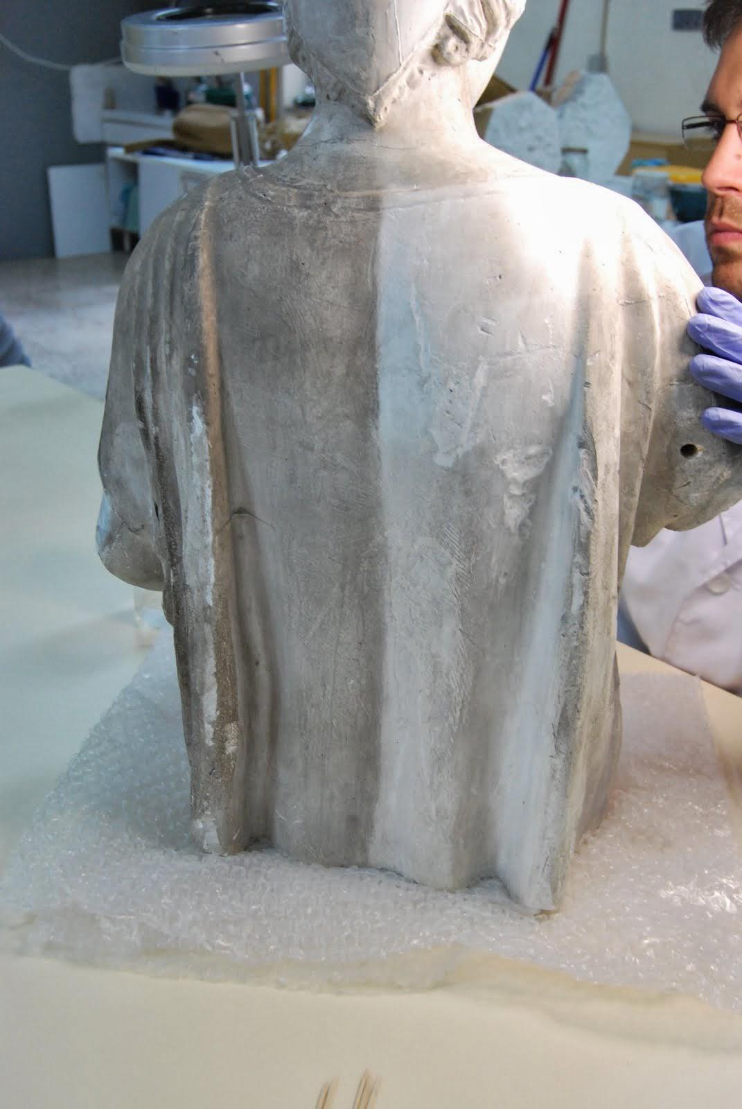 Restauración escultura en yeso