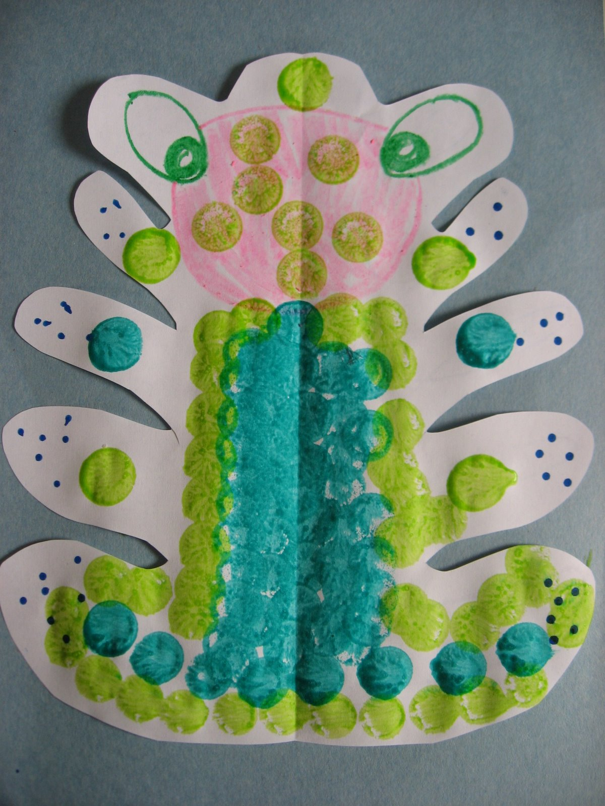 Mzteachuh nothing but spring arts and crafts for Bugs arts and crafts