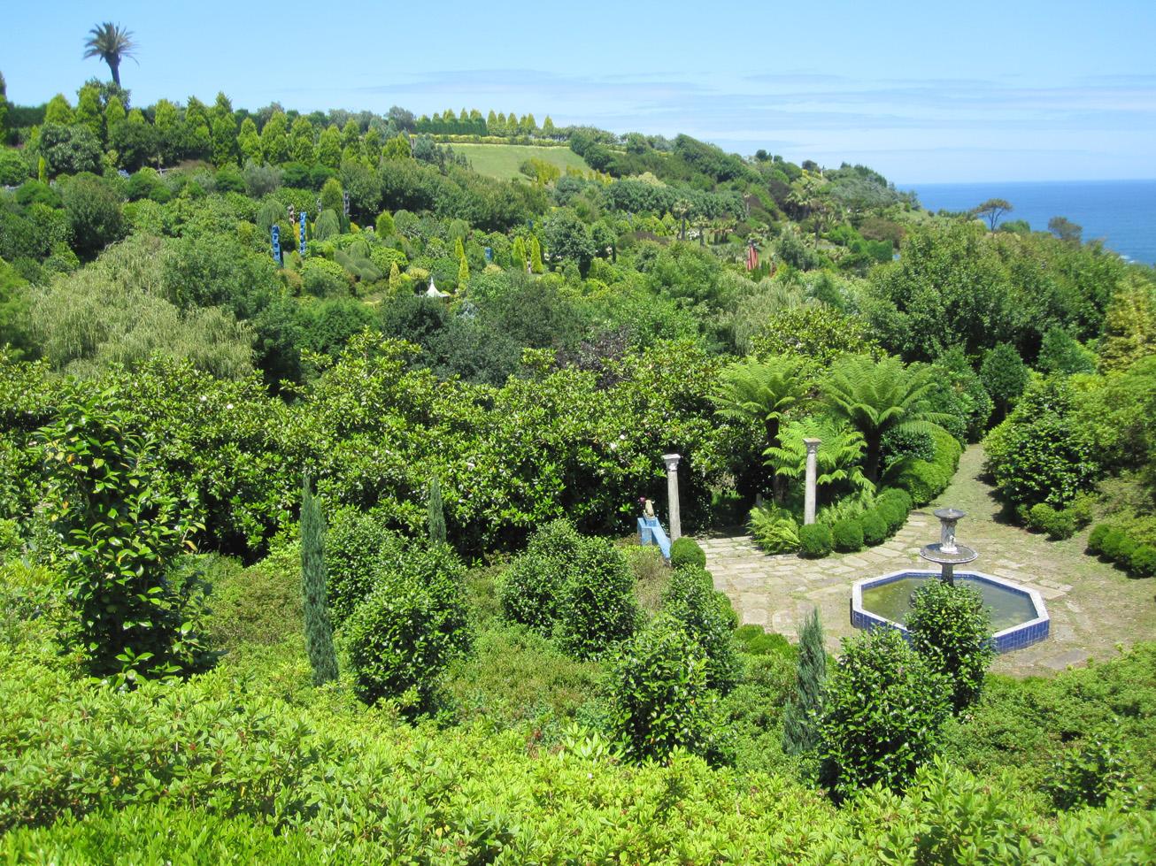 Dendecaguelu los jardines de la fonte baixa en verano for Jardines de la fonte baixa