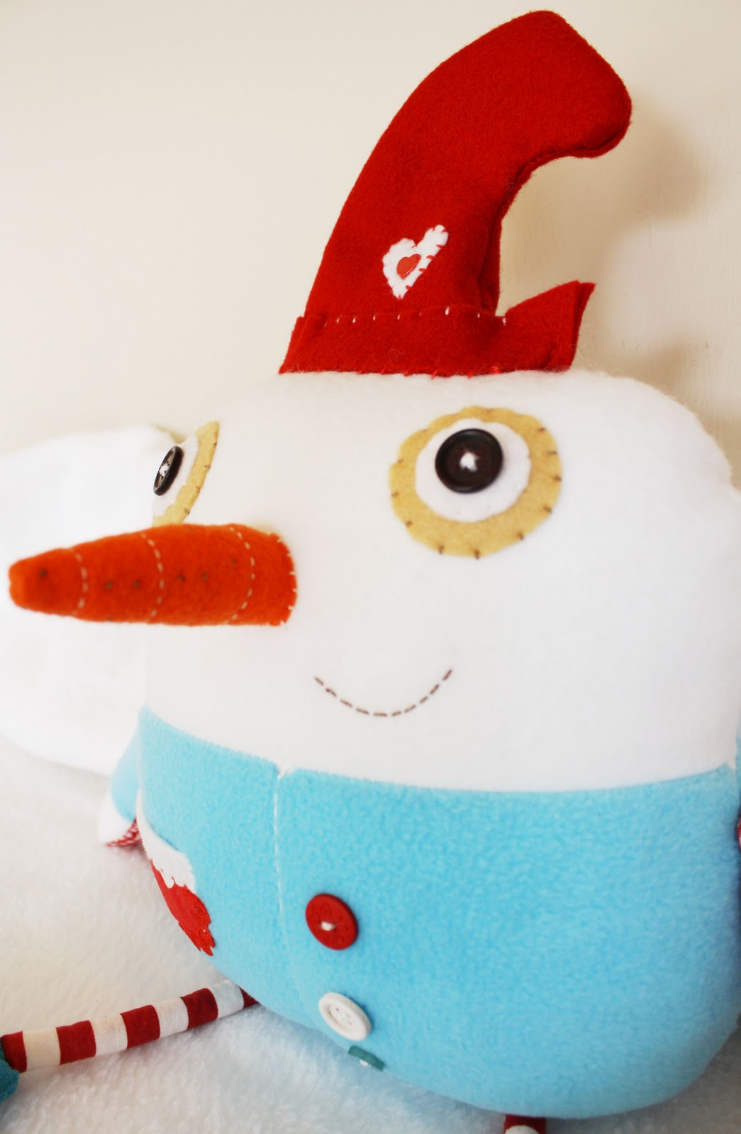 Mie 39 s art crafts some early christmas cheer snowman style for Cheerleading arts and crafts