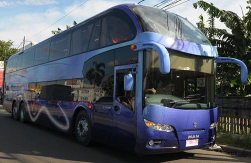 Bus Tingkat Miracle MAN dari Kudus