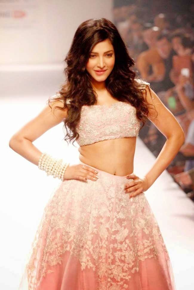 Shruti Hassan At LFW Winter/Festive 2014
