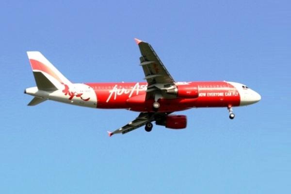 Indonesia AirAsia. Batam. ZonaAero