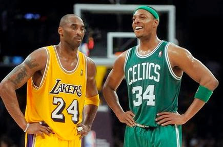 Kobe Bryant looking at Paul Pierce for inspiration