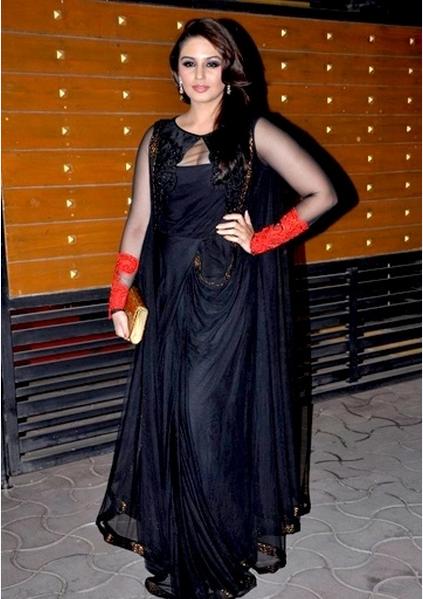 Bollywood Actress Huma Qureshi Photos