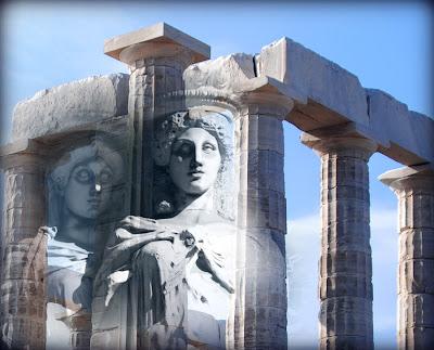 templo griego y cariatides