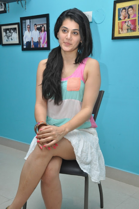 tapsee new glamour  images