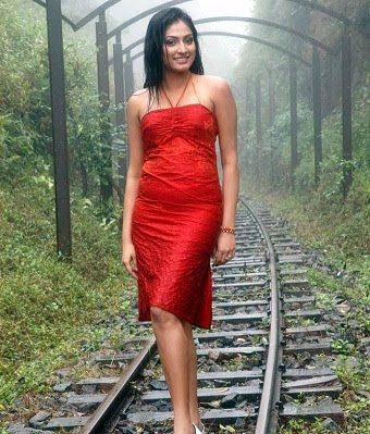 Haripriya Latest Hot Photos