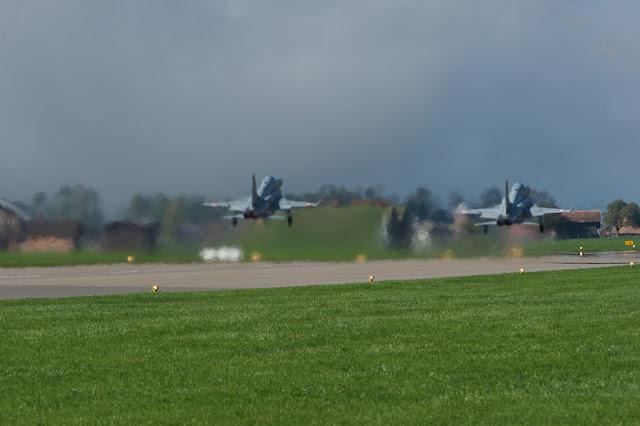 Swiss f-5 formation takeoff