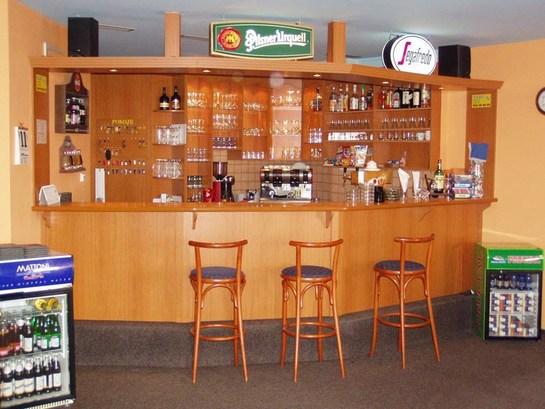 Jasa pembuatan mini bar minimalis lampung home interior for Kitchen set lampung