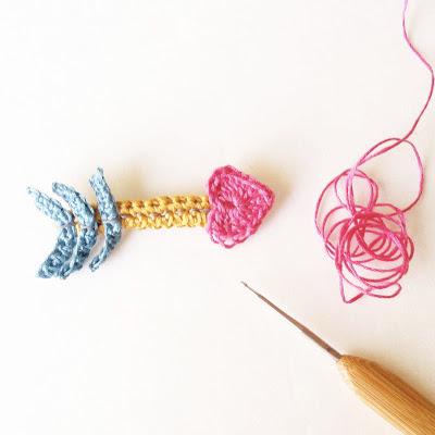 free crochet pattern valentines brooch