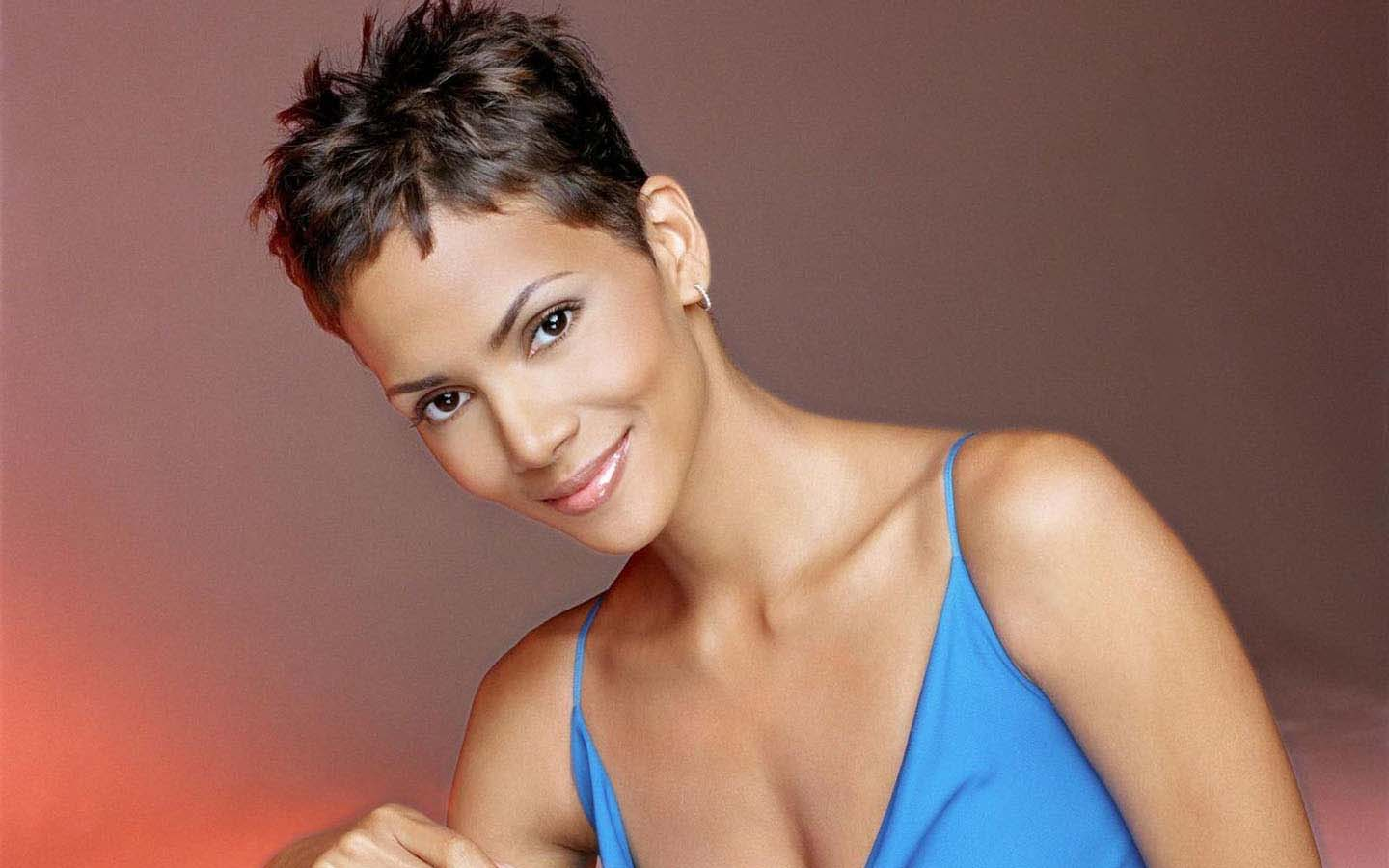 Halle Berry Short Pixie Cut