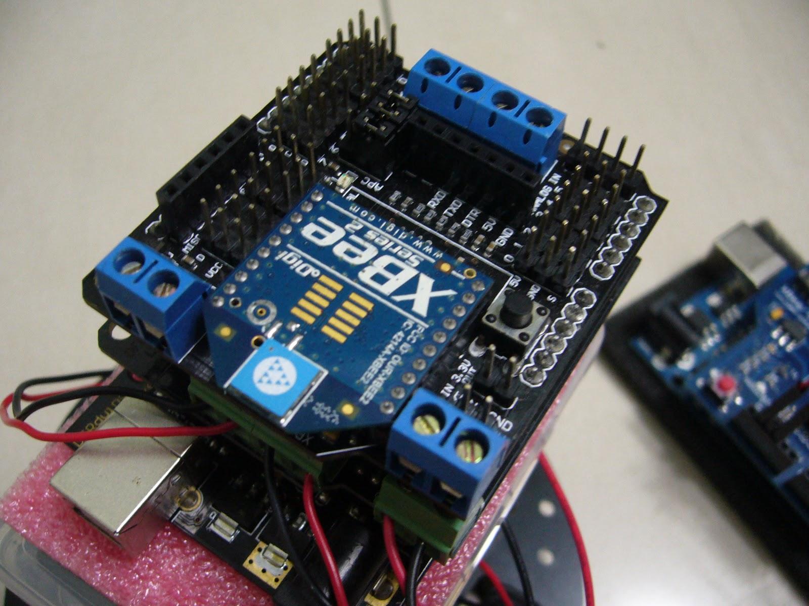 Dennis lab 手機遙控車 arduino xbee zigbee bluetooth