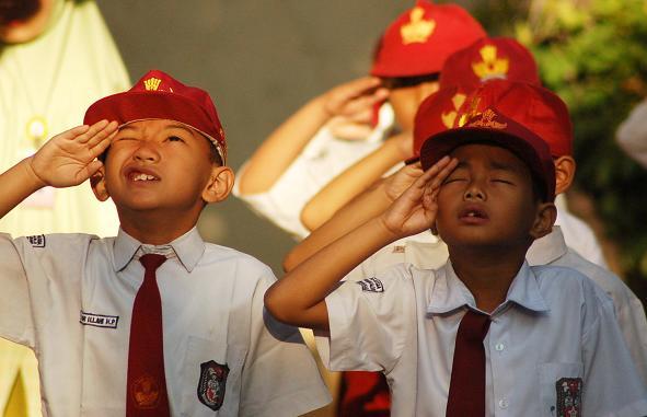 KH Afifuddin Muhajir: Menghormati Bendera Itu Perwujudan Cinta Tanah Air Yang Dianjurkan Agama