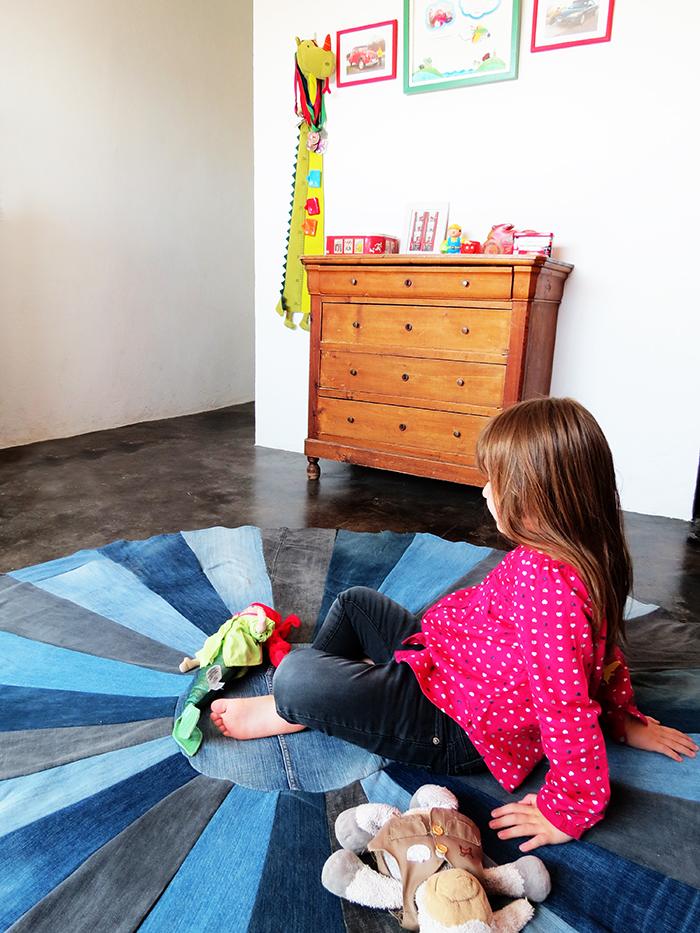 have faux oriental RUBBER back floor mat