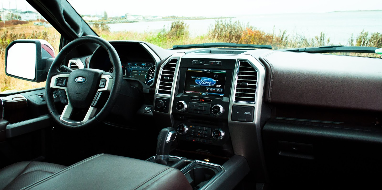 2015 ford f 150 platinum interior