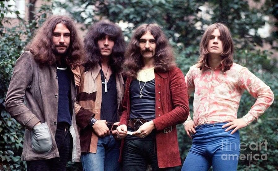 Black-Sabbath-1970-2