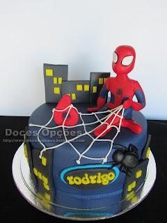 Bolo de aniversário Homem Aranha