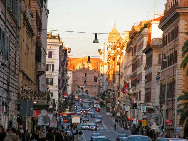 متعة التسوق فى روما