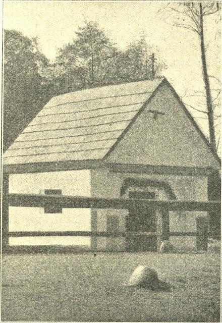 Kapliczka postawiona w Gielniowie na miejscu domu rodzinnego bł. Ładysława. Fotografia z tygodnika Ziarno, nr 7 z 15.02.1907 r.