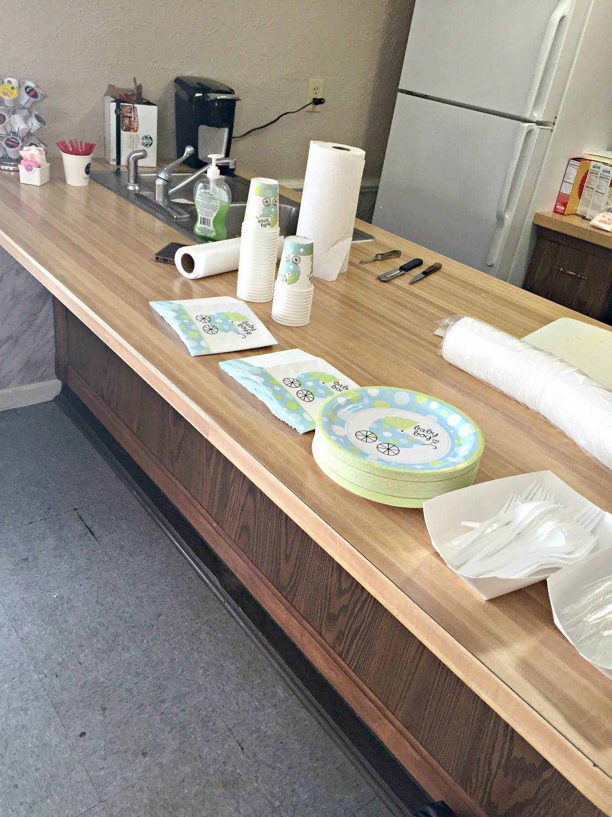 simple-baby-shower-on-a-budget