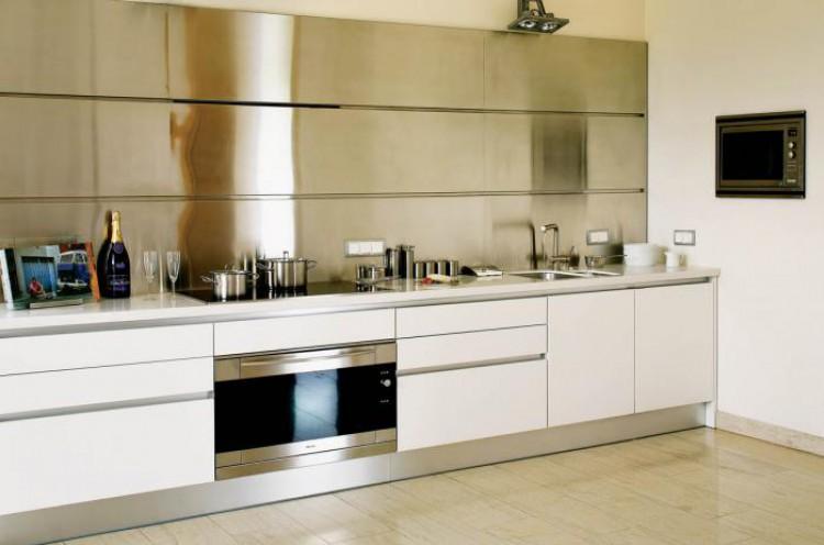 Cocinas feng shui kansei cocinas servicio profesional for Cocinas con espejos