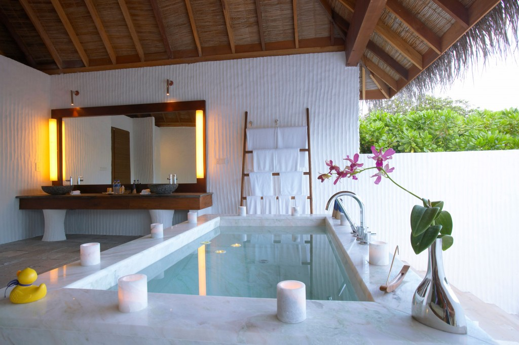 Passion for luxury dhonakulhi maldives spa resort marina for Best us spa resorts