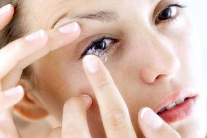 Inilah Efek Buruk Menggunakan Lensa Kontak Pada Mata