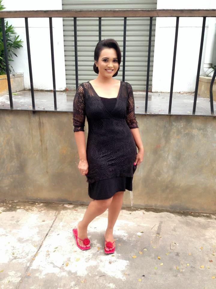 sri lankan actress profiles and pictures : gayathri dias