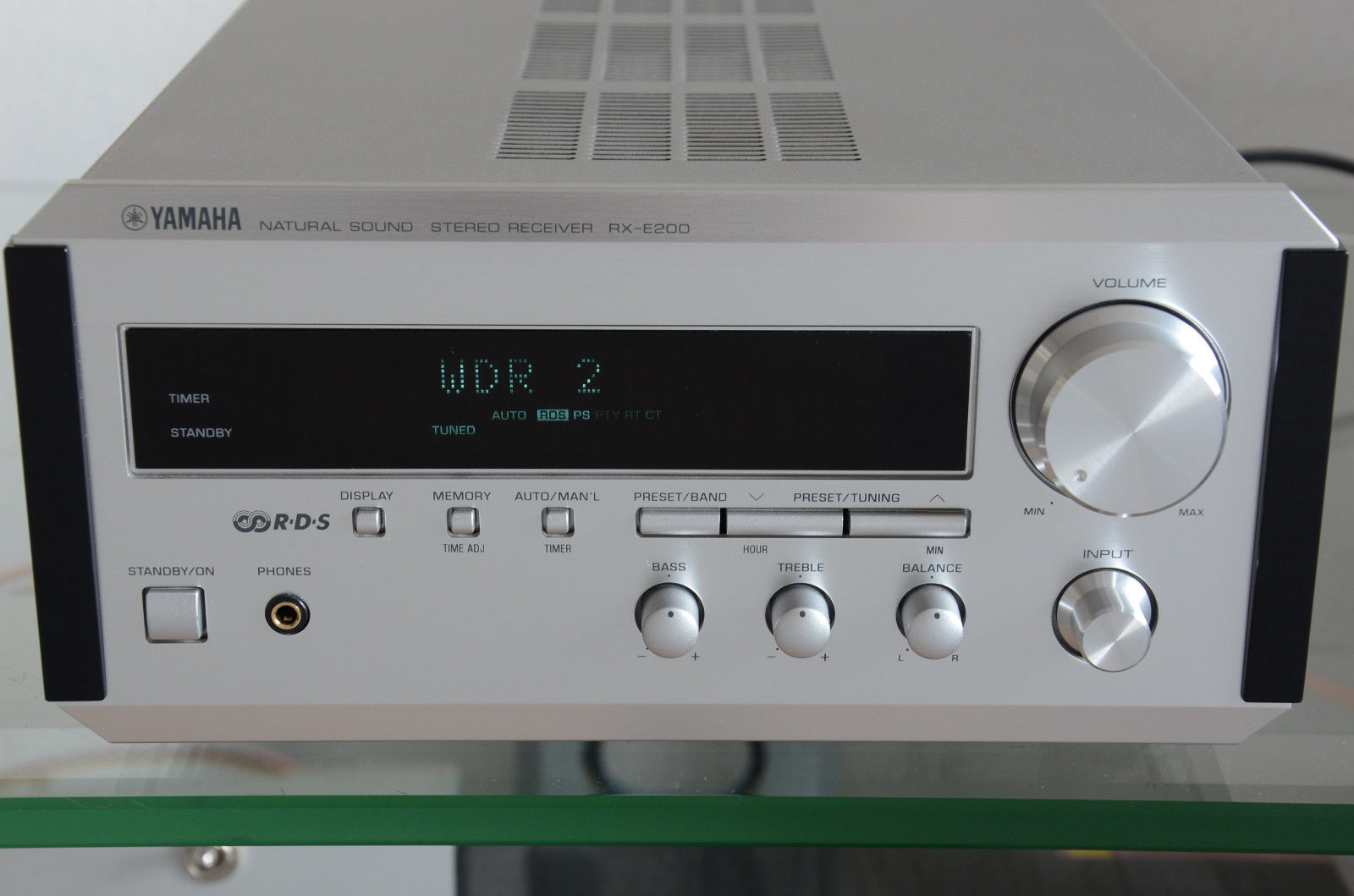 Yamaha rx e200 stereo receiver audiobaza for Yamaha receiver customer support phone number