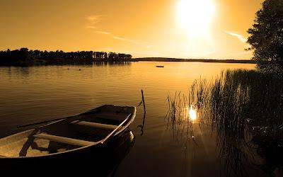 Foto de Bote en el lago