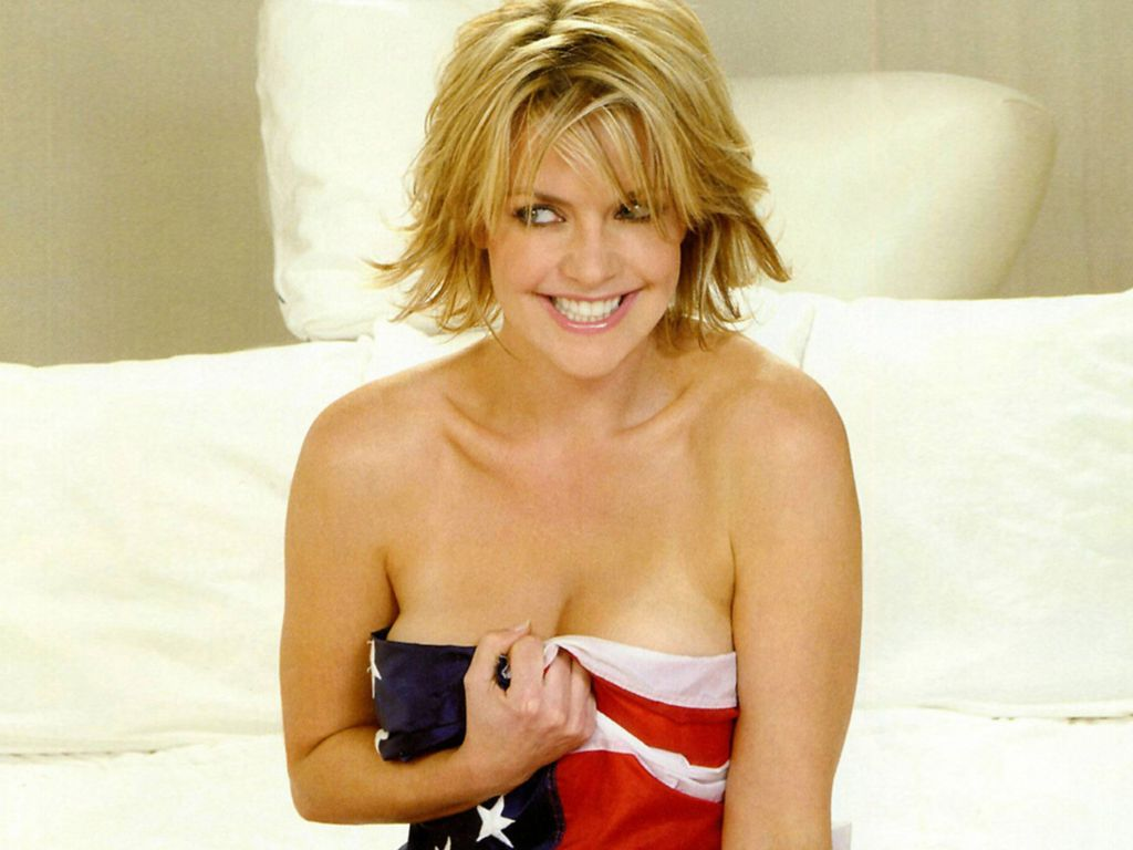 Amanda Tapping Hot Pictures, Photo Gallery & Wallpapers Anna Paquin Imdb