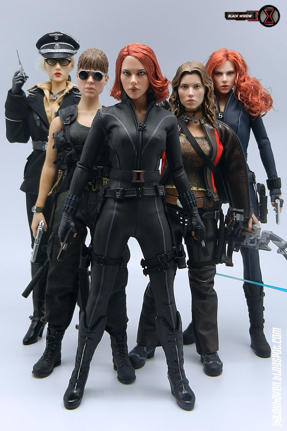 Hot by 6 hot toys 1 6 scale female action figures group shots with