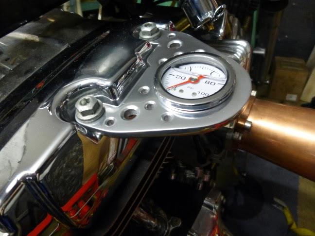 lb technics manom tre pression d 39 huile moteur. Black Bedroom Furniture Sets. Home Design Ideas