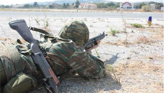 Την αύξηση της στρατιωτικής θητείας εξετάζει το Υπουργείο Εθνικής Άμυνας