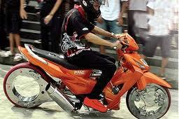 Gambar Modifikasi Motor Satria Fu Suzuki