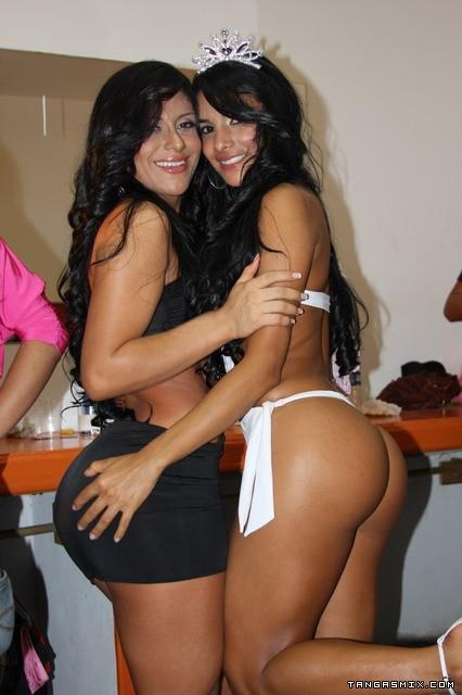 latinas bellas: